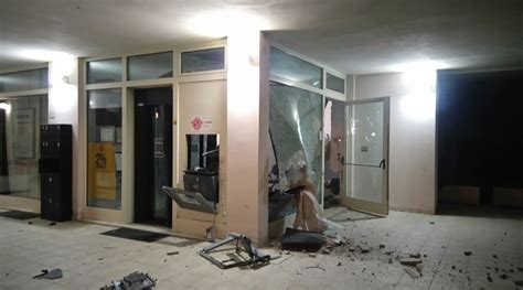 bancomat veneto assalto fallito al bancomat veneto di cupramontana
