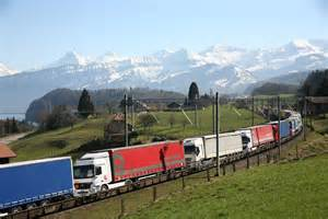 Trains In America by Trucks World News