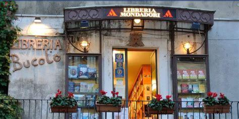 librerie messina sicilia chiude l unica storica libreria di taormina