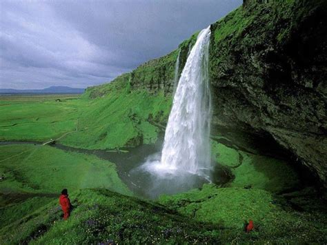 most beautiful place on earth worldlove pinterest seljalandsfoss falls in iceland beautiful places around