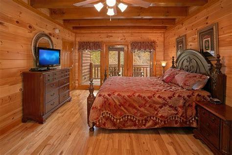 8 bedroom cottage to rent 8 bedroom luxury cabin rental cabins usa gatlinburg