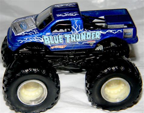 blue thunder truck wheels jam blue thunder truck metal base 1 64