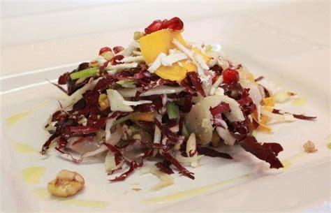 cucina autunnale insalata autunnale di frutta e verdura ricetta con foto