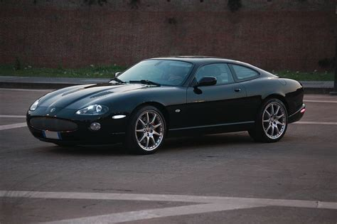 all black jaguar file jaguar xkr all black jpg