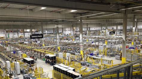 amazon australia s first warehouse appears to be in melbourne