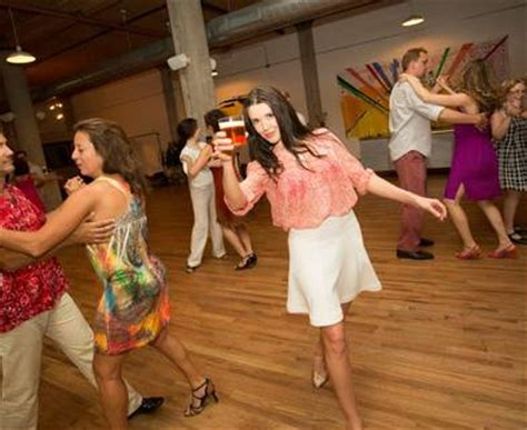 cleveland swing and salsa dance classes chicago friday night salsa social class