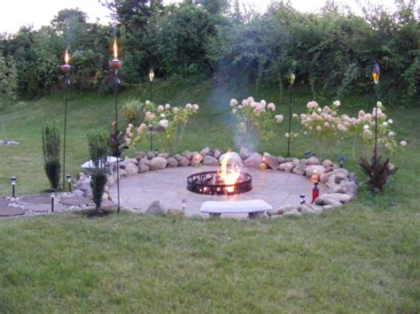 DIY Outdoor Fire Pit Designs   FIREPLACE DESIGN IDEAS