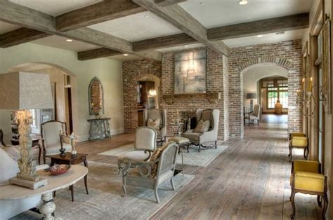 Which Direction Should You Run Your Wood Flooring? Well