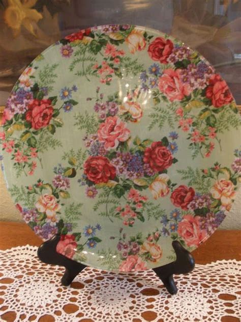 decoupage with fabric tutorial beautiful decoupage plate tutorial crafts i might be