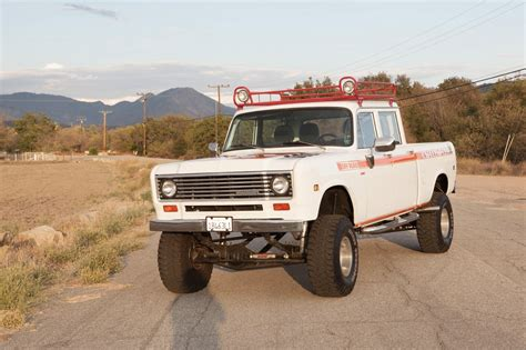 4x4 truck 1973 international 4x4 crewcab restomod truck for