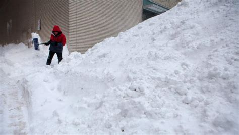 Boston Reports Records Record Snowfall Buries Boston Yahoo News