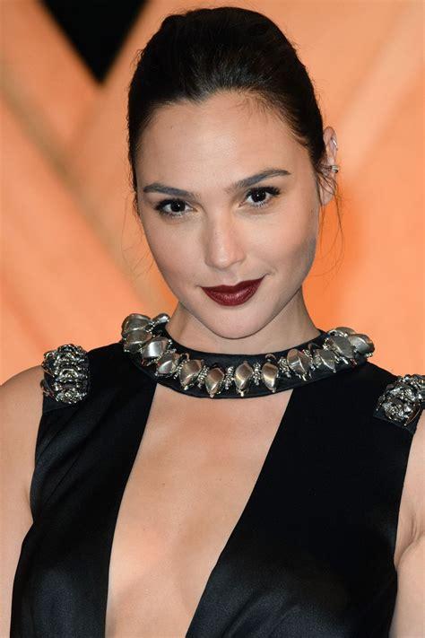 gal gadot gal gadot at wonder woman premiere in mexico city