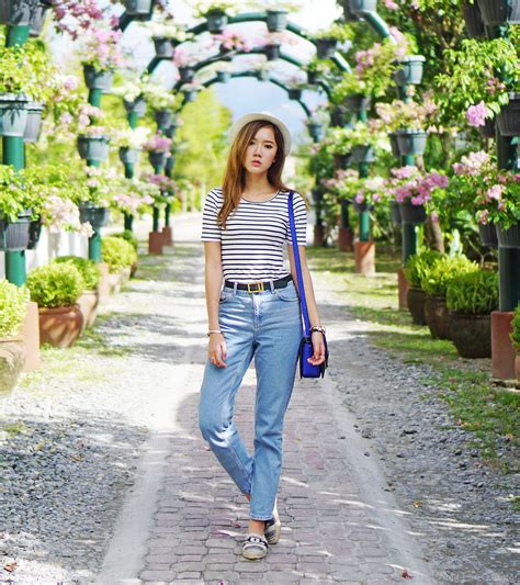 Prilly Whitr casual shirt ootd at ves tarlac camille