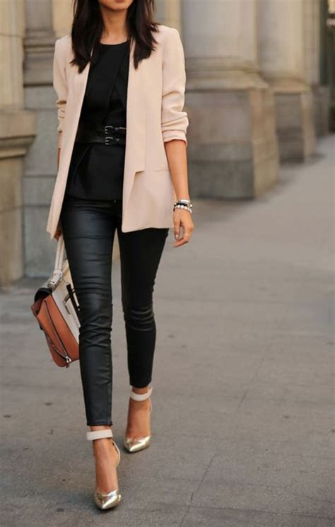 hello any suggestions for a very pale sophisticated pink outfit inspiratie leren broek very berry mint