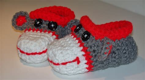 sock monkey house shoes sock monkey slippers 28 images joe boxer s plush slipper socks sock monkey sock
