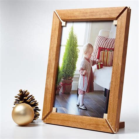 picture frame woodworking plans splined miter frame woodworking plan from wood magazine