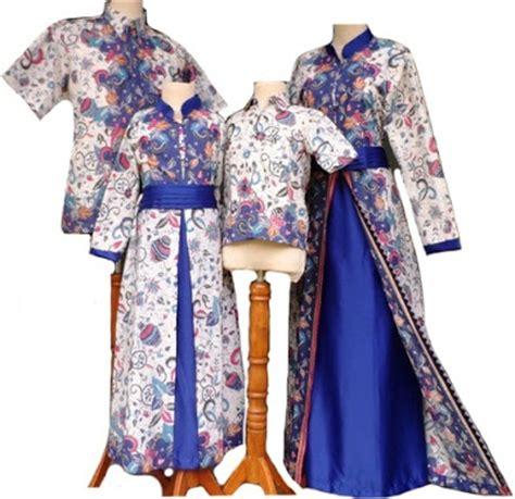 desain baju batik keluarga 20 model baju batik keluarga seragam pernikahan terbaru