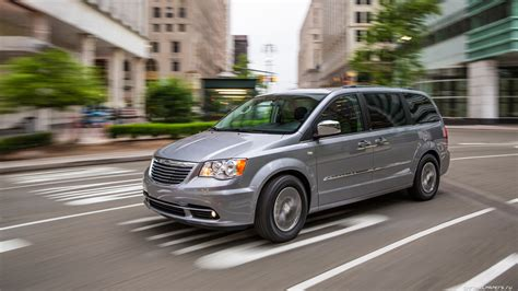 Town Country Jeep Chrysler Dodge Ram New 2015 Chrysler Town And Country Quirk Chrysler Dodge