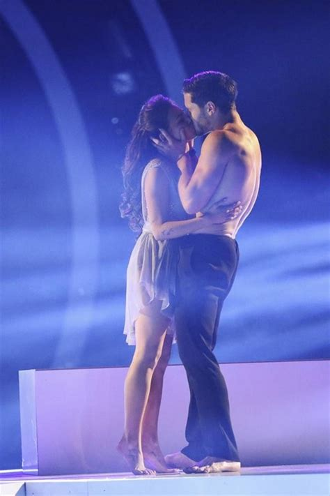 dancing with the stars season 19 finale dwts live janel parrish and val chmerkovskiy dancing with the stars