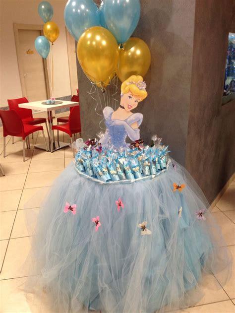 addobbare tavolo per compleanno le 25 migliori idee su tavolo compleanno su