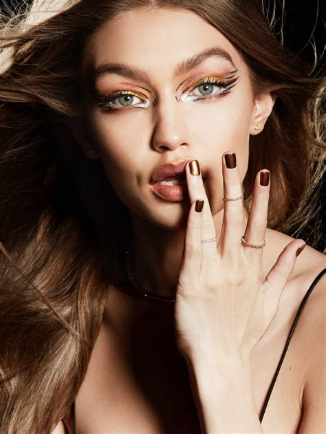 Makeup Maybelline Gigi Hadid Gigi Hadid Maybelline Makeup Caign 2017 Photos
