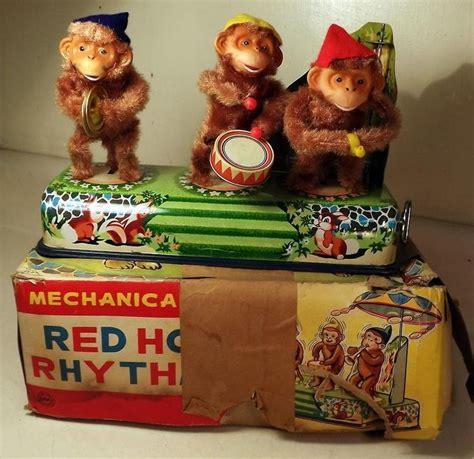alps toys vintage japanese tin wind up battery op 926 best vintage battery operated tin toys images on