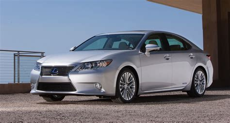 lexus luxury sedan lexus es australian return confirmed for mid size luxury