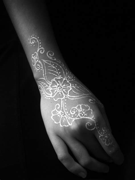 white henna tattoo on hand white henna 1 by renaissancemann on deviantart