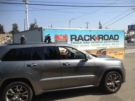 jeep grand cherokee kayak rack jeep grand cherokee with thule sup car rack