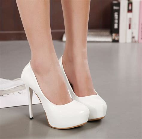 white stiletto high heels 25 best ideas about white heels on white