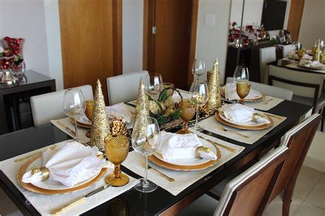 decorar mesa de natal decora 231 227 o de mesa de natal dourada e branca vida de casada