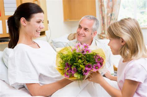 fiori da regalare ad una donna quali fiori regalare ad una neomamma