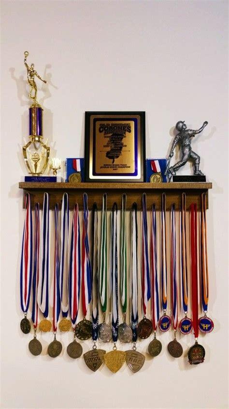 Trophy Display Shelf by Www Medalawardsrack 2 Ft Award Medal Display Rack In