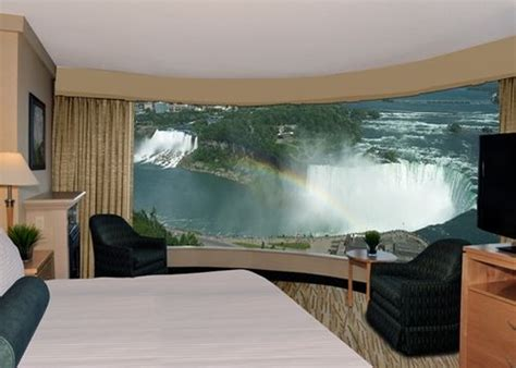 2 bedroom suites niagara falls 1000 images about fallsview hotel 2 room suites on