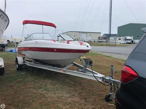 glastron boat dealers in nc glastron gt 160 retro runabout for 2012 boats