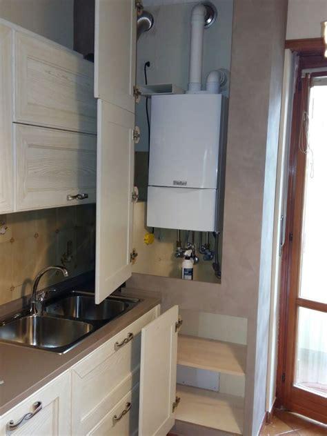 cucine finta muratura lube cucina lube con copricaldaia in finta muratura