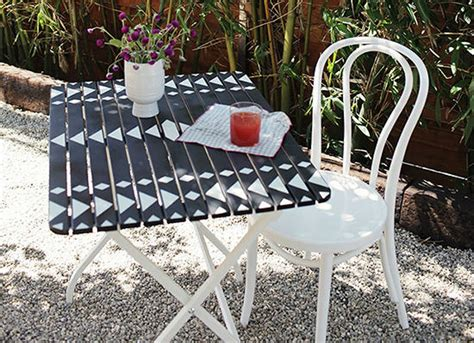 Diy Outdoor Bistro Table Diy Wood Projects 10 Easy Backyard Ideas Bob Vila