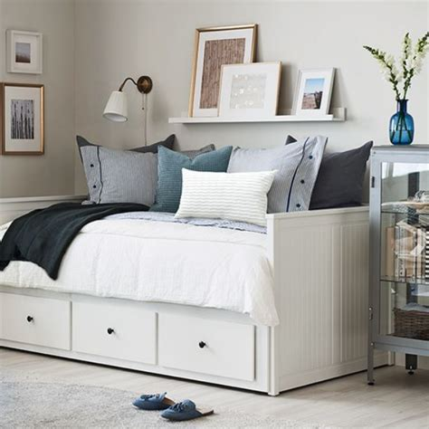 organize  small bedroom    clutter  mint notion