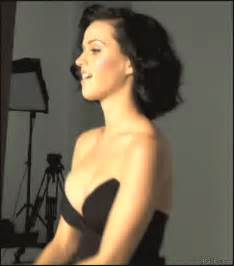 Backyard Bouncers 30 Of Katy Perry S Sexxxiest Gifs For Her 30th Birthday