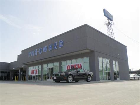 Tommie Vaughn Ford car dealership in HOUSTON, TX 77008
