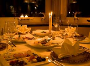 The best romantic candlelight dinner