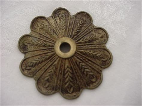 Bobeche Chandelier Parts Single Brass Bobeche Candle Cup For Chandelier Parts Or Repair Vtg Ebay