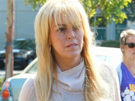 dina lohan short hair is she the one these 21 signs should answer that question