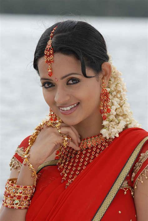 bhavana awesome voni exclusive pics bhavana