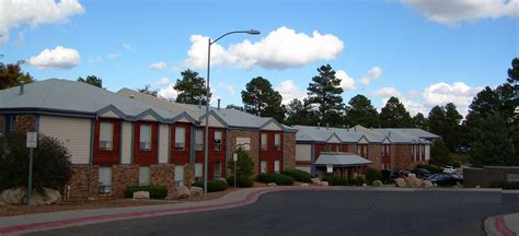 flagstaff appartments flagstaff village ucribs