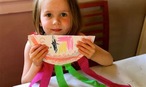 Things To Make With Rice Paper - make a paper plate shaker kidspot