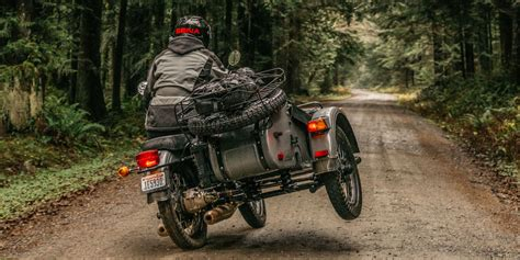Motorrad Mit Beiwagen Ural by The Ural Sidecar A Three Wheeled Russian Motorcycle That