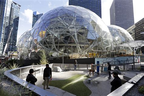 amazon hq2 snagging amazon hq2 who wins when tax subsidies lure big