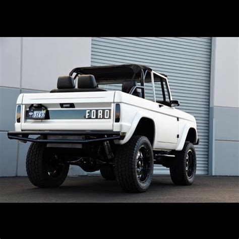 white bronco car 38 best what color early bronco images on pinterest