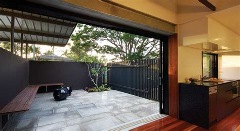 courtyard home designs also small for house trends